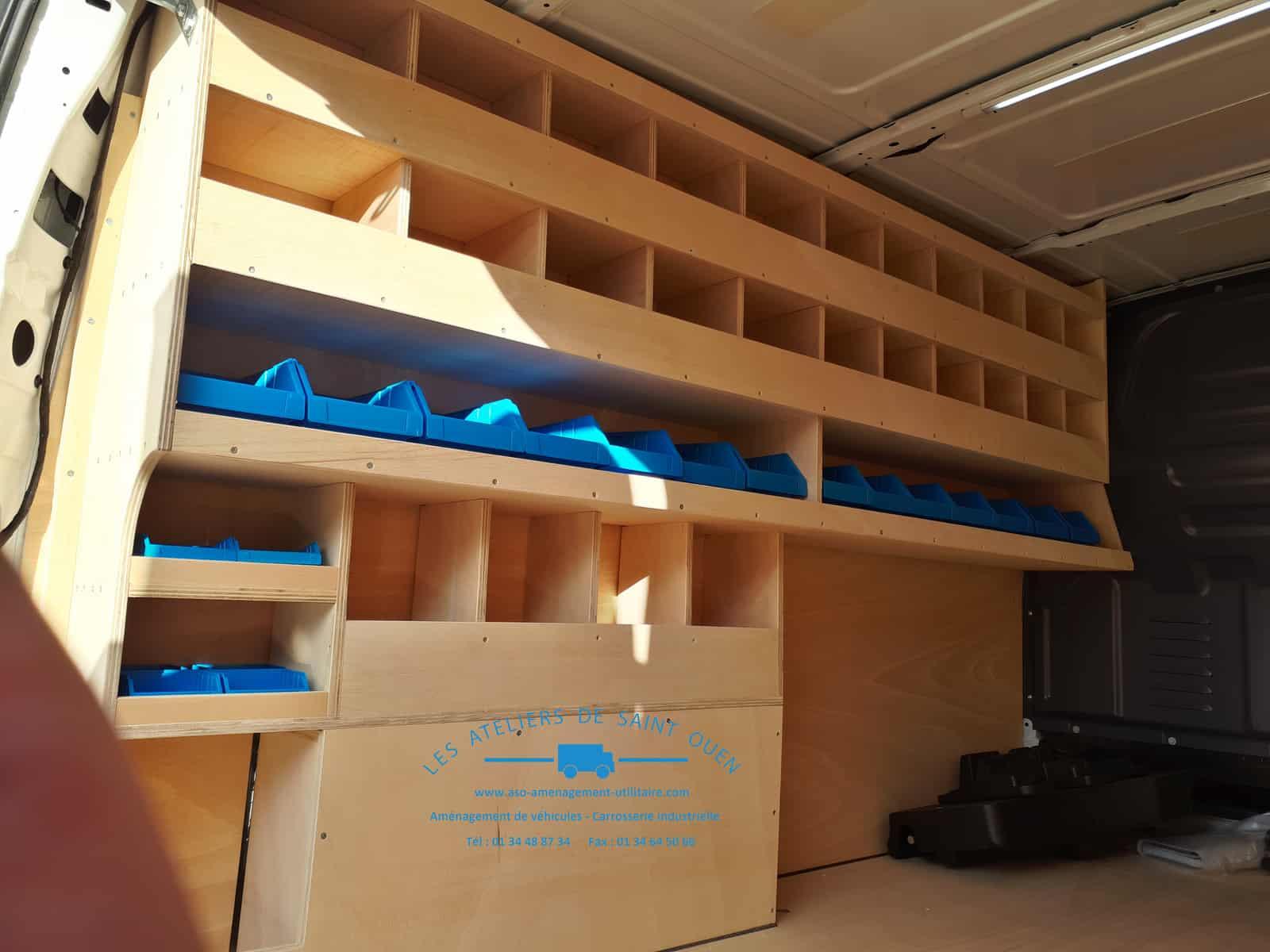 etag re sur mesure pour v hicule type utilitaire et fourgon sp cifique. Black Bedroom Furniture Sets. Home Design Ideas