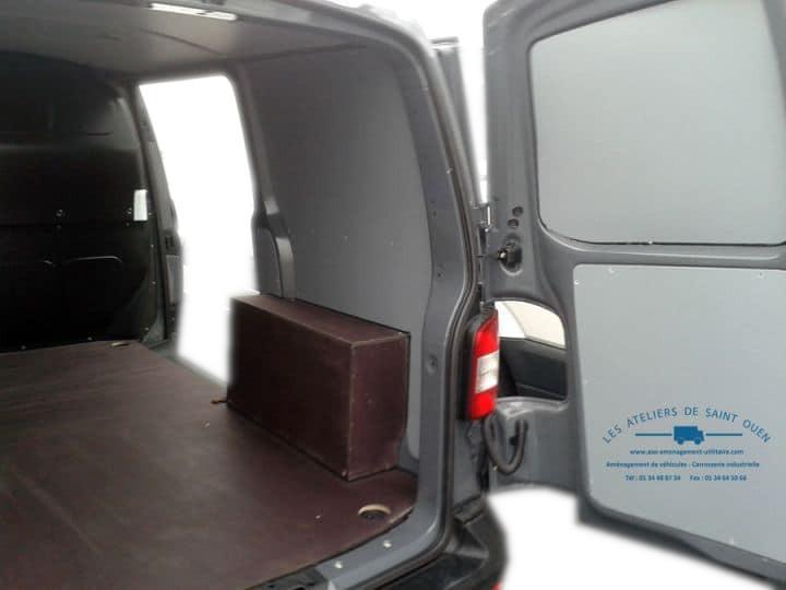 Equipement utilitaire am nagement pvc pour fourgon et for Equipement voiture interieur