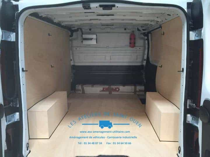 equipement protection bois pour utilitaire et fourgon. Black Bedroom Furniture Sets. Home Design Ideas